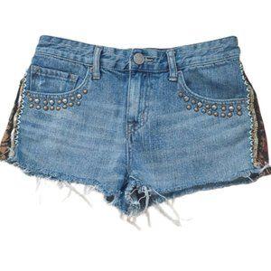 BDG Freja Mid Rise Boho Distressed short shorts